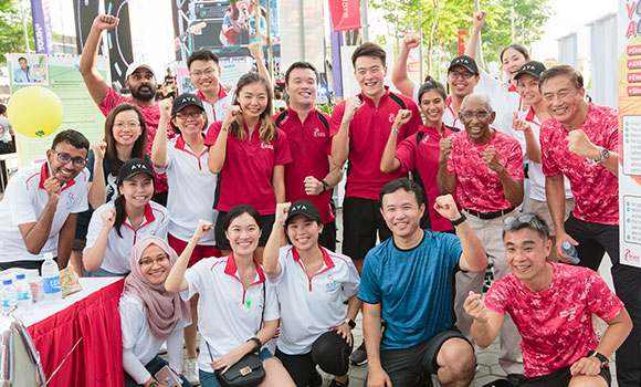 National Cancer Centre Singapore and Team Singapore athletes set first national record to support young cancer patients